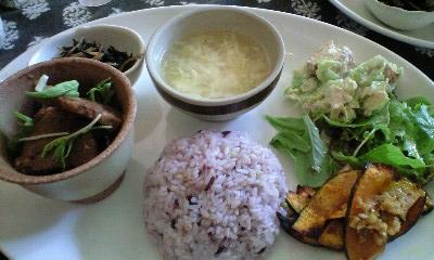 martha-lunch.JPG