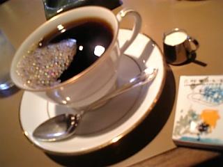 六曜社-coffee.jpg